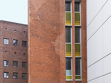 ewerk Berlin-Eventlocation-Industrie-industrial-Hausfassade